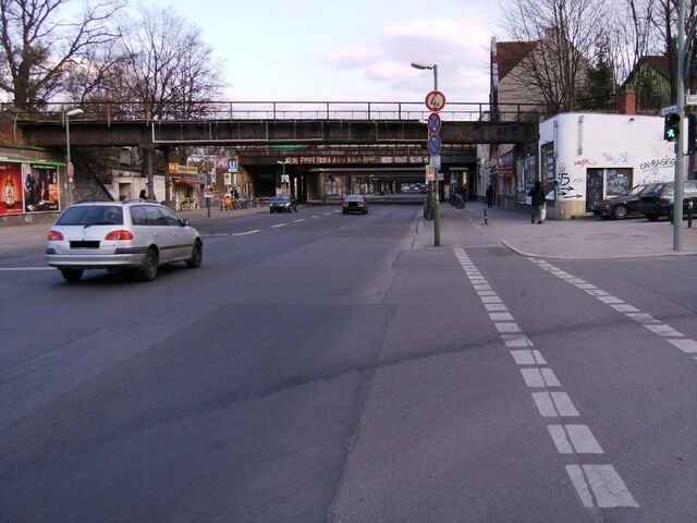 Datei:Yorckstraße3-sc.jpg
