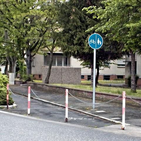 Datei:Radweg an der Kette.jpg