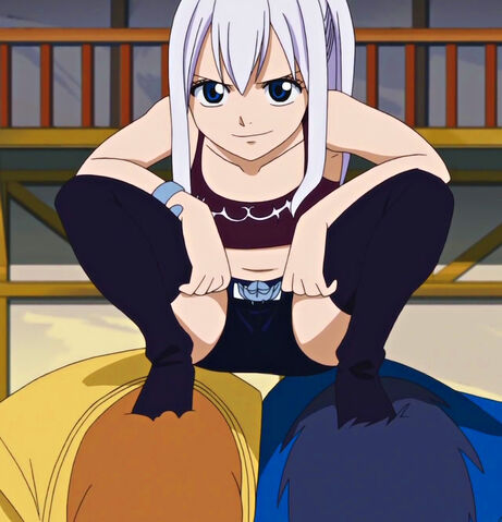 File:Mirajane bullying Macao and Wakaba.jpg