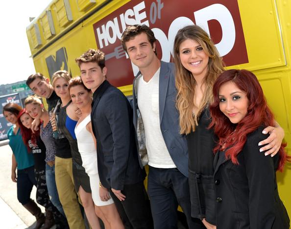 File:Katie+Stevens+MTV+Movie+Awards+Press+Junket+Gd9sLeSI1bll.jpg