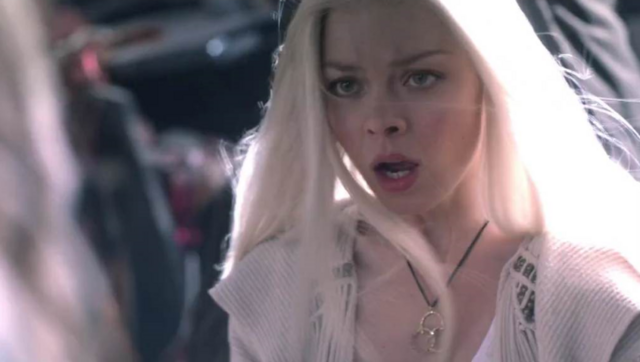 File:Lexi1-4x04.PNG