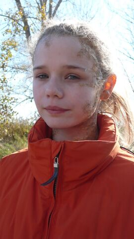 File:Niamh Wilson-Falling Skies-Megan Philips.jpg
