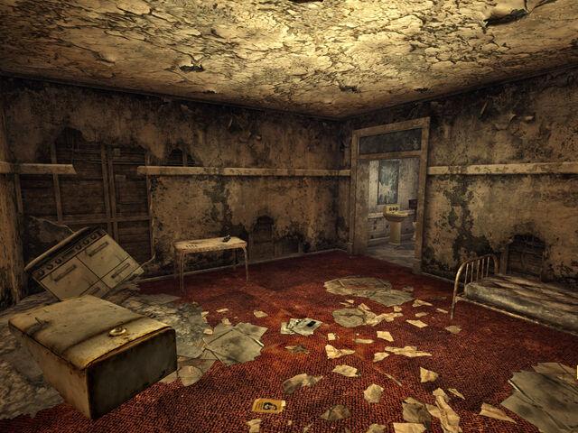 File:Pretty Sarahs room.jpg