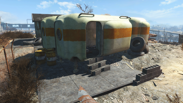 File:FO4 Jalbert Brothers disposal pod2.png