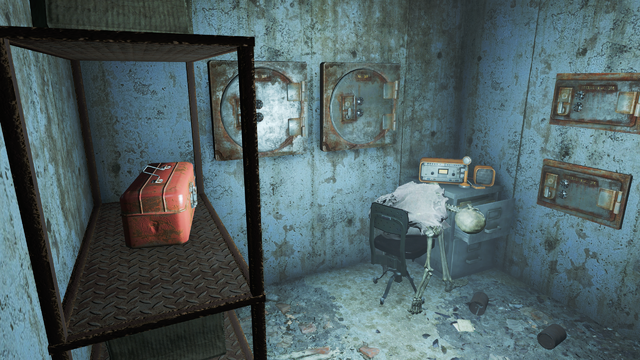 File:FO4 Fallon's department store distress signal.png