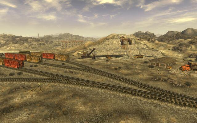 File:Gypsum Train Yard.jpg
