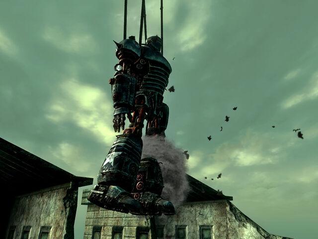 File:Liberty Prime hoist crash.jpg
