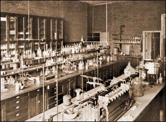 File:VB DD14 loc Chemical Laboratory.png
