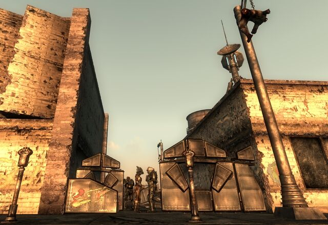 File:Chryslus Building Raider controlled Enclave camp.jpg