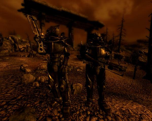 File:EnclaveSoldier 2 APAMKII 2277.jpg
