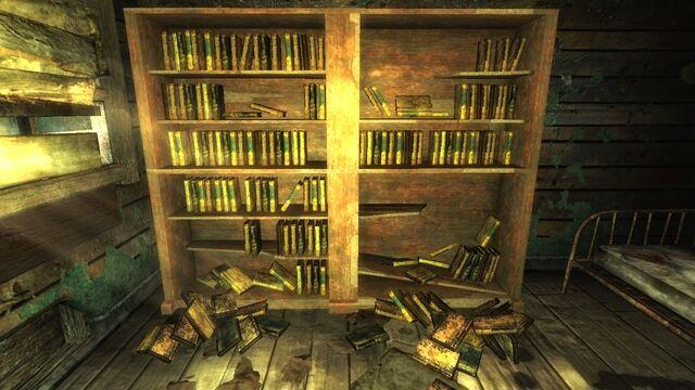 File:Nelsonhousebooks.jpg