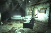 B-Ring Elder Lyons' room