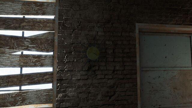 File:FO4 Bobbis Place clock.jpg