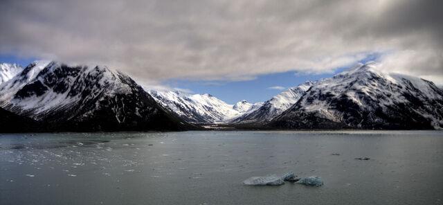 File:Mountains of Alaska HDR.jpg