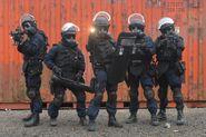 Irish-Army-Ranger-Wing-brandishing-their-weapon