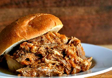 File:Pulled-pork-sandwich-1.jpg