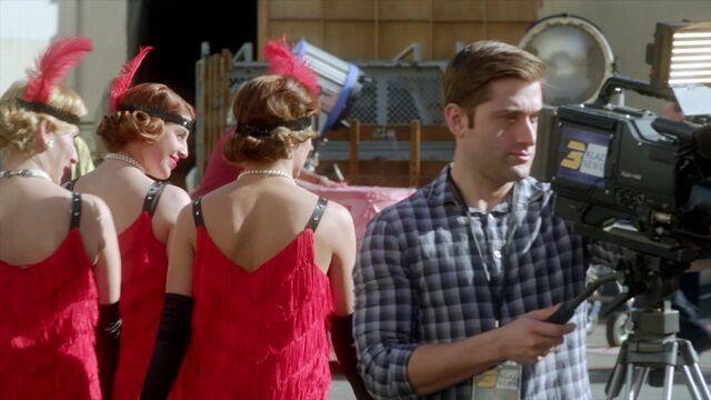 File:Famous.in.Love.S01E01.720p.HDTV.x264-FLEET 0416.jpg