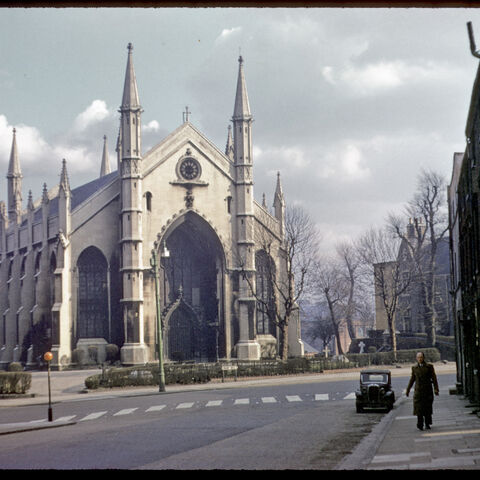 Etefield Street, Avenir, 1963, three years before this entire area was cleaned for the construction of Red Ringway. The Church, however, still remains, albeit being partly concealed by the ringway itself, which circles the building.