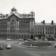 The large building in the middle is the Blithebeth Venue (originally offices). The pavement has since been broadened, trees planted and flowerbeds upgraded. All buildings, except for the dark building in the background to the left (demolished in 1960) remain; photo taken in 1951.