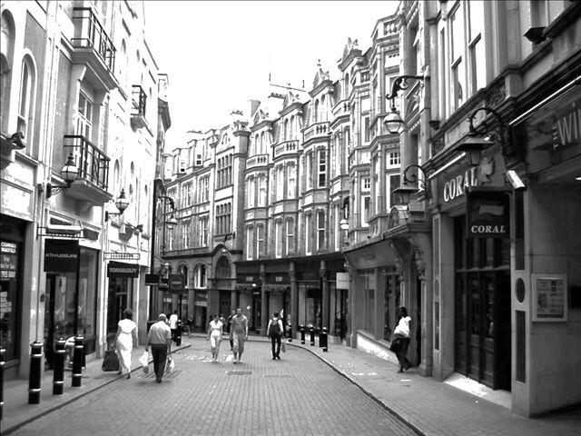 File:Avenir Elven Street.jpg