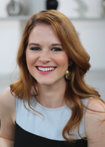 File:SarahDrew.jpg