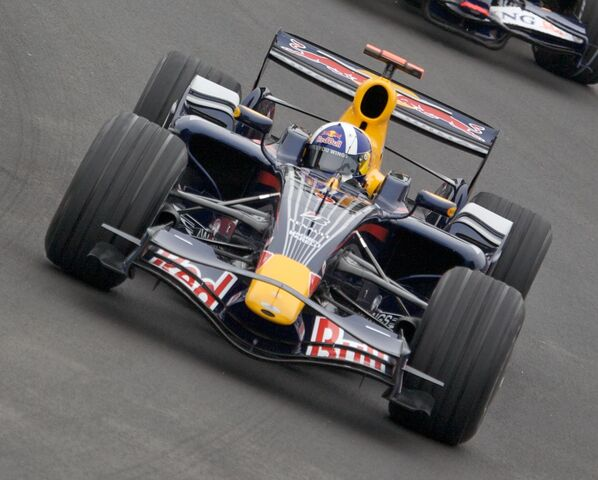 File:Red Bull RB4.jpg