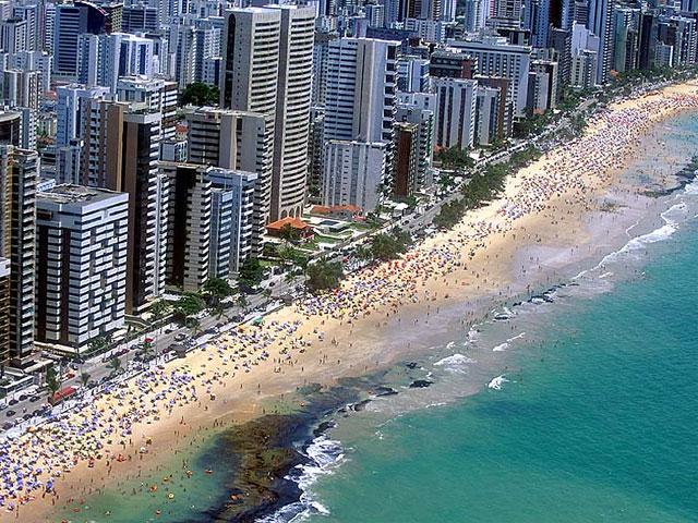 File:Bairro Praia Boa Viagem Recife.jpg