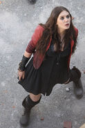 Scarlet-Witch-Elizabeth-Olsen-Featured-In-Leaked-Set-Video-For-Avengers-Age-Of-Ultron