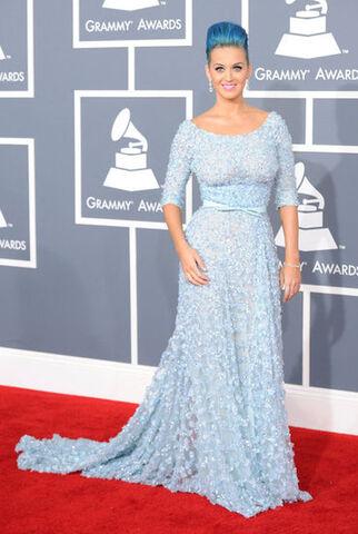 File:Grammys-2012-Whwo-Wore-What.jpeg