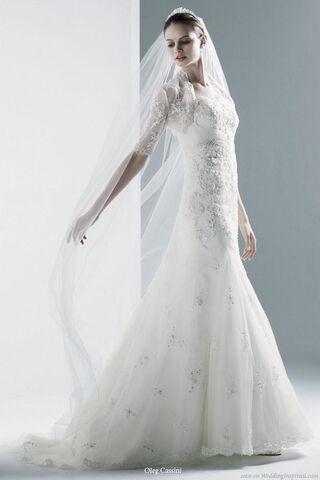 File:Oleg cassini wedding dress.jpeg
