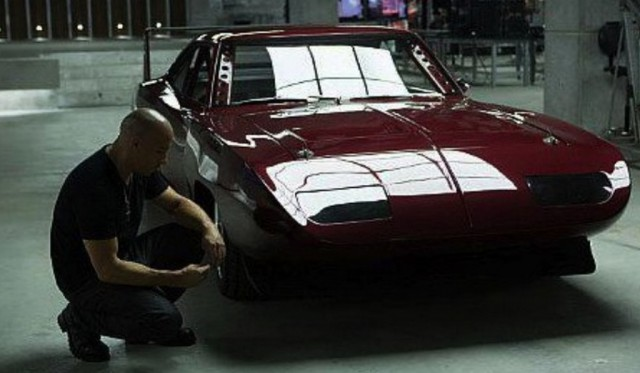 File:Fast-and-furious-6-screenshot-vin-diesel-drives-dodge-charger-daytona-54662-7-640x373.jpg