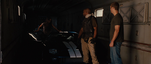 File:Mia getting inside the GT40.png