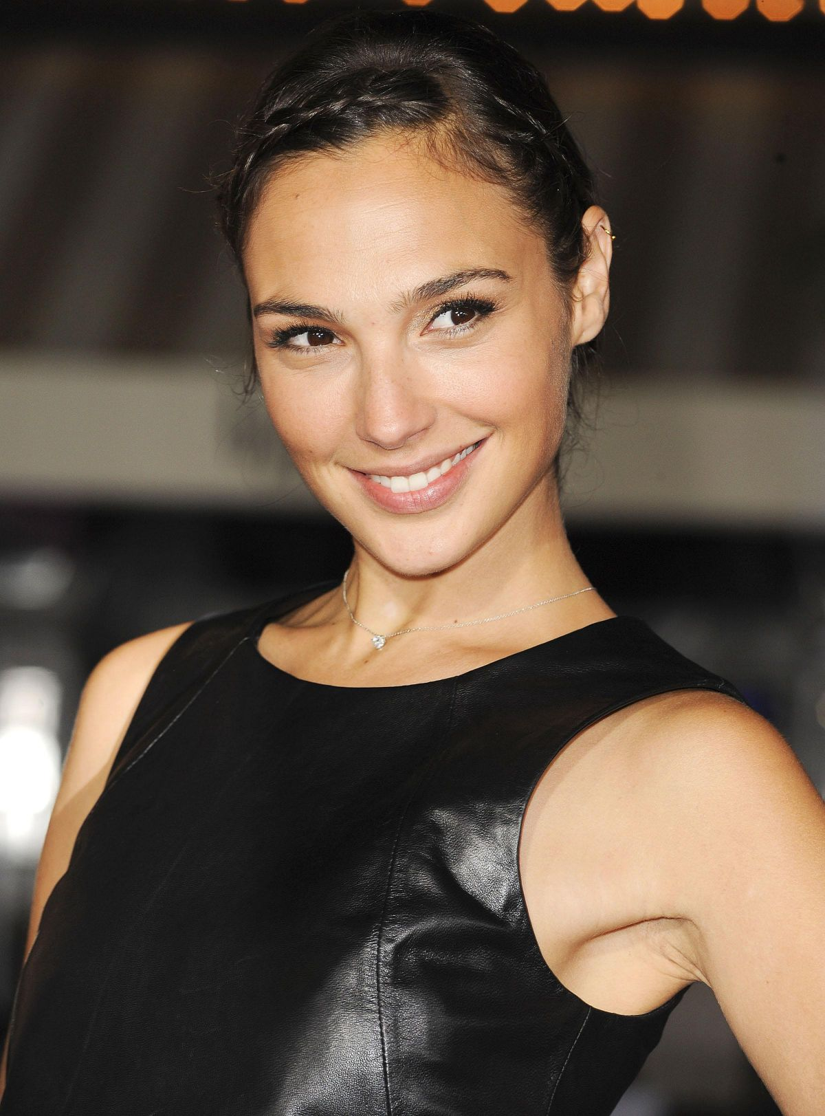 Gal Gadot The Fast And The Furious Wiki Fandom Powered By Wikia