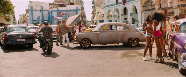 File:Removing the Fleetmaster's Hood (Havana - F8).png