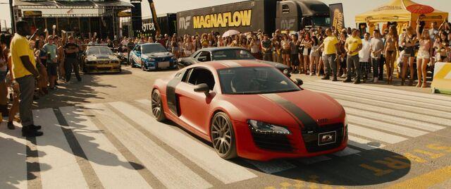 File:Audi R8 - Furious 7.jpg