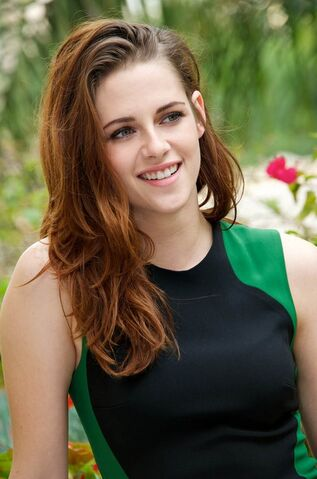 File:Kristen-Stewart.jpg