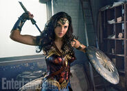 Wonder-Woman-Gal-Gadot-2
