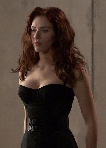File:Scarlett Johansson Iron Man 2 Behind the Scenes 001.jpg