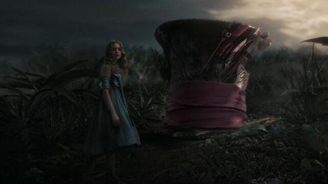 File:Alice-in-wonderland-disneyscreencaps.com-4631.jpg