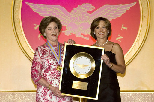 File:Laura Bush and Dorothy Hamill.jpg