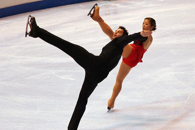 File:Nam & Leftheris Spiral - 2006 Skate America.jpg