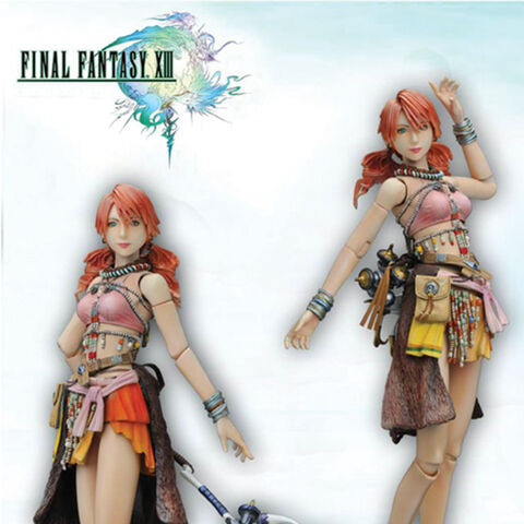 Vanille Play Arts figurine.