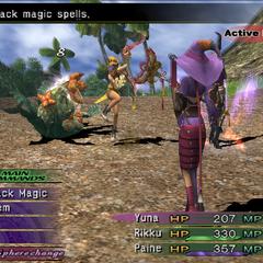 Rikku as a Thief attacking in <i><a href=