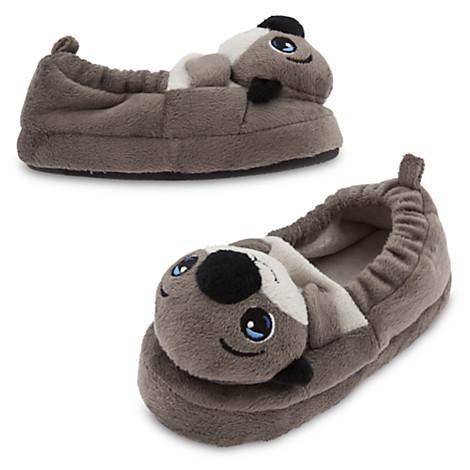 File:Otters slippers.jpg