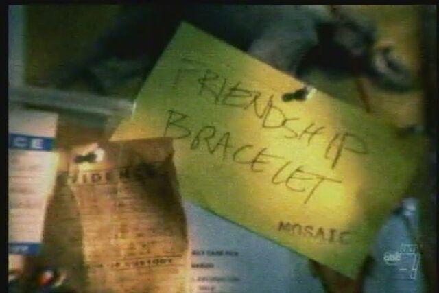 File:Post-it-friendship.jpg