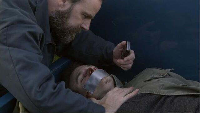 File:1x13 Aaron and Mike.jpg