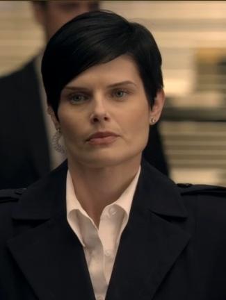 File:1x16 FBI Agent Connor.jpg
