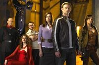 Cast02