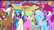 DJ Pon-3 and ponies laughing S03E13