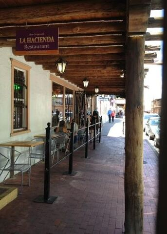 File:La Hacienda, Old Town, Albuquerque.jpg